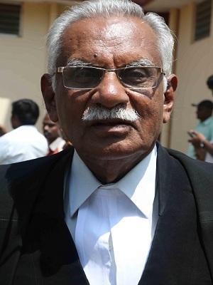 வழக்கறிஞர் கோபாலகிருஷ்ண லட்சுமண ராஜூ