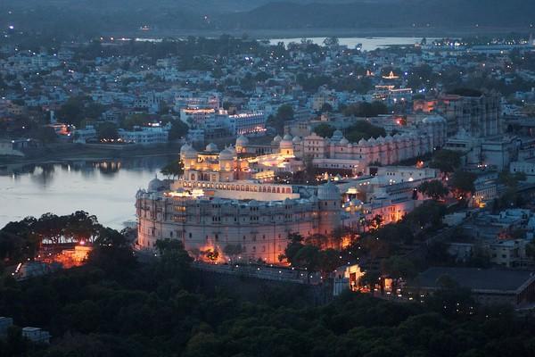 அம்பானி குடும்ப திருமண நிகழ்வு நடைபெறும் உதய்பூர் நகரம்