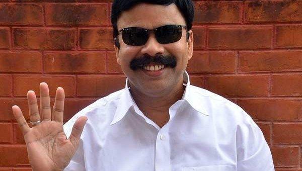 நடிகர் பவர்ஸ்டார் சீனிவாசன்