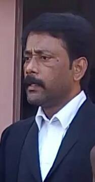 வழக்கறிஞர் சந்தோஷ்
