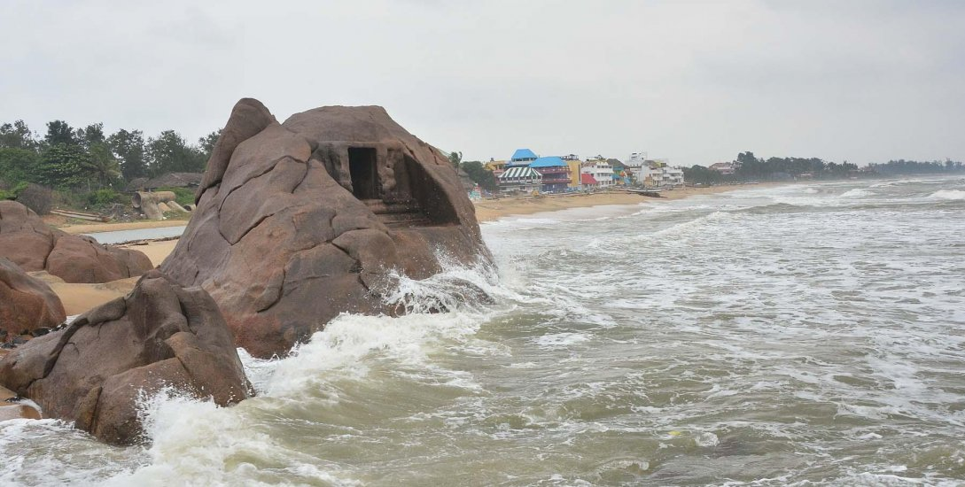 புத்தாண்டு கொண்டாட்டத்திற்கு மாமல்லபுரம் வரவேண்டாம்-காவல்துறை ரெட் அலர்ட்!