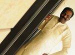 `வீழ்ந்த தென்னைமரங்களைப் போலவே விவசாயிகளின் வாழ்வும் பாதிக்கப்பட்டுள்ளது!' - வைரமுத்து