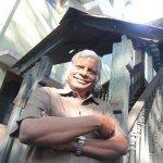`அவர் கை பட்டாலே நோய் பறந்துவிடும்!' - 5 ரூபாய் டாக்டர் மரணத்தால் கலங்கும் வண்ணாரப்பேட்டை