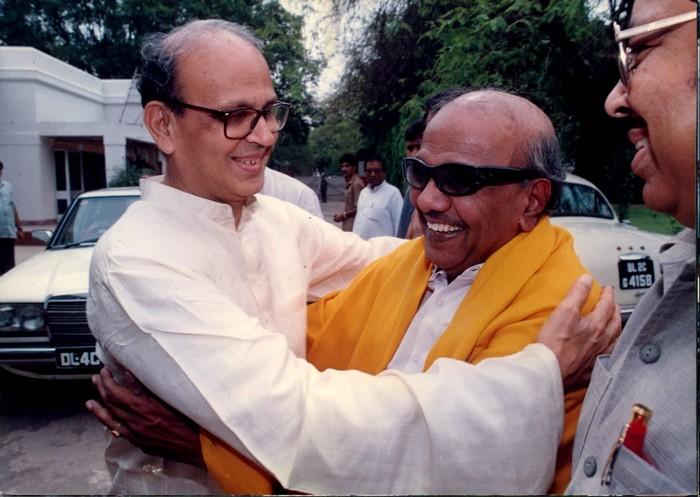 கருணாநிதி- வி.பி.சிங்