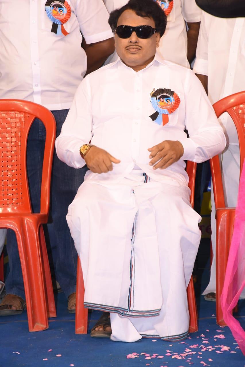 சக்கரவர்த்தி