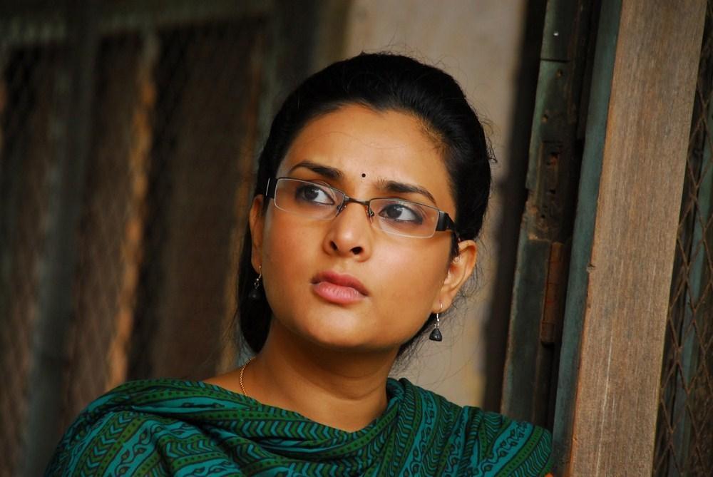 திவ்யா ஸ்பந்தனா