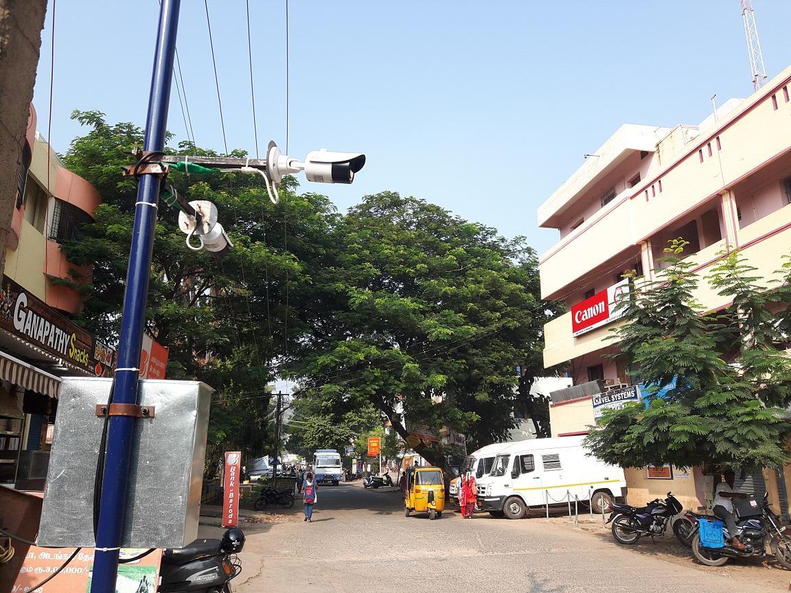 சி.சி.டி.வி கேமரா