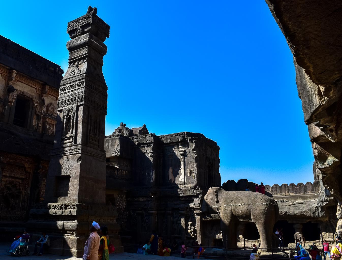 எல்லோரா கைலாசநாதர் கோயில்