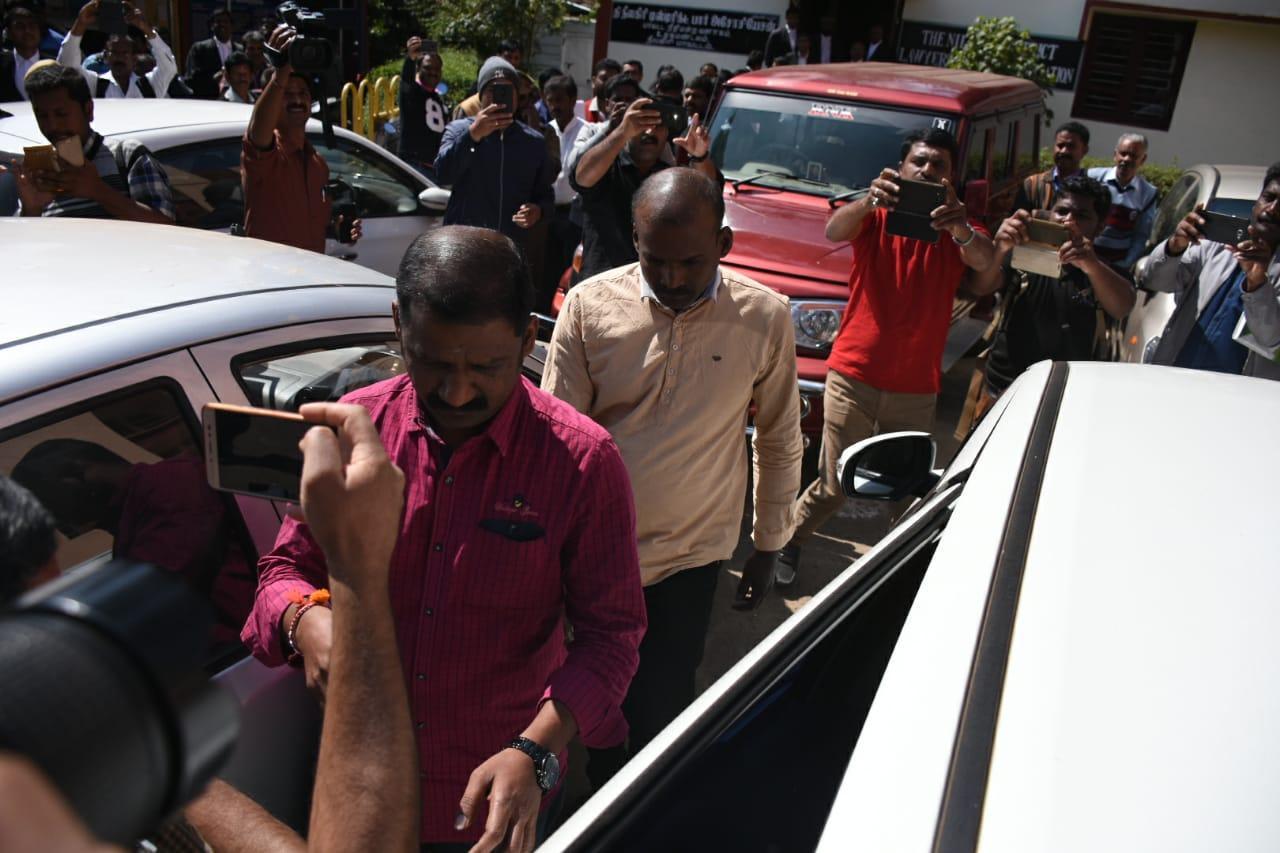 நீதிமன்றத்தில் ஆஜரான சயான், மனோஜ்