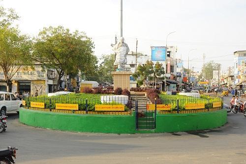 திருச்சி சிவாஜி சிலை