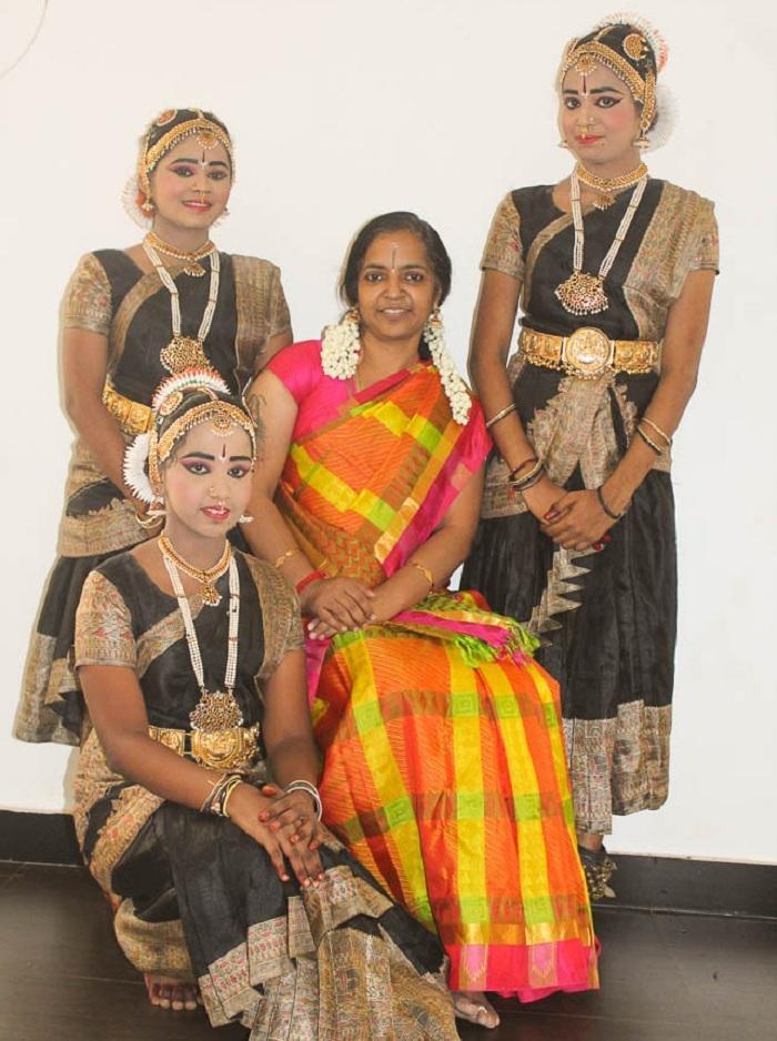 பரதம் சந்தியா