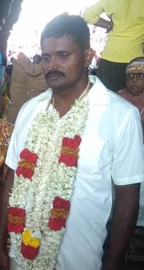 2வது திருமண படத்தை ஃபேஸ்புக்கில் போட்ட கணவன் மாயராமன்