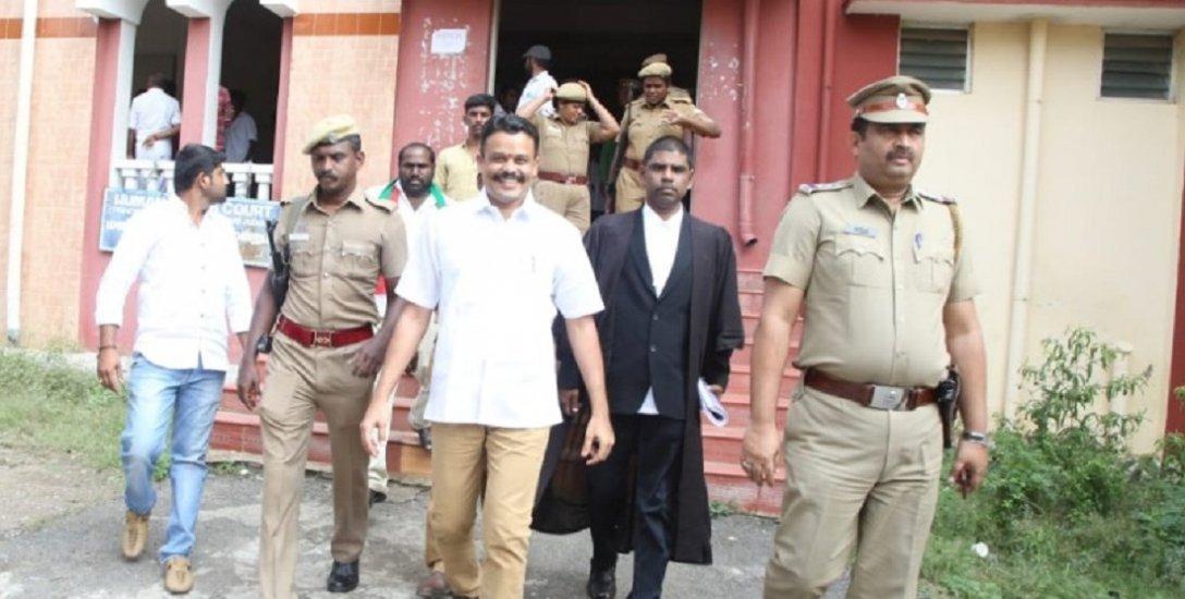 கோகுல்ராஜ் கொலை வழக்கு: அரசு கூடுதல் வழக்கறிஞர் புதிய மனு! மீண்டும் சூடுபிடிக்கும் விசாரணை!