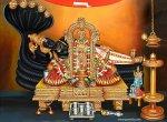 ஒரு கருவறை... இருவாசல்கள்... சூரியத் தேரில் அருள்புரியும் சாரங்கபாணி பெருமாள்!