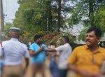 'லட்ச ரூபாய் சம்பளம் போதவில்லையா?' -அரசு ஊழியர்களை கேள்விகேட்ட பூவியாபாரி