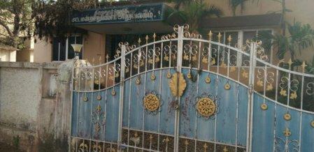 `ஒரு ஓட்டுக்கு எவ்வளவு ரேட்!' - தீவிர ஆலோசனையில் கட்சிகள் #ThiruvarurByElection