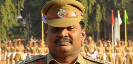 `புகாருக்கு 50ஆயிரம்..!' - கையும் களவுமாக சிக்கிய காவல் உதவி ஆணையர்! #Trichy