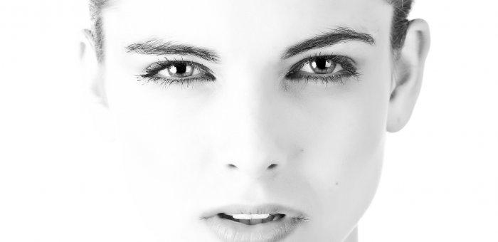 கண்ணுக்கு மை அழகு... ஆனால் இப்போது...! #BeautyTips