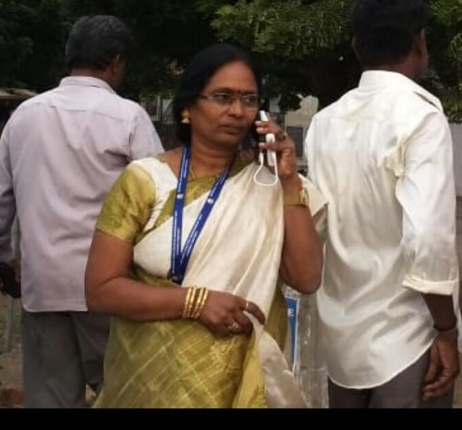 நிர்மலா தாசில்தார்