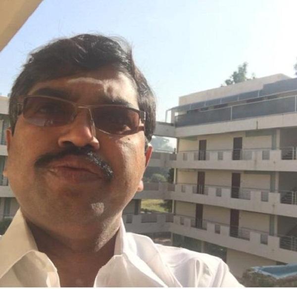 டி.டி.வி.தினகரன் ஆதரவாளர் ஞானசேகரன்