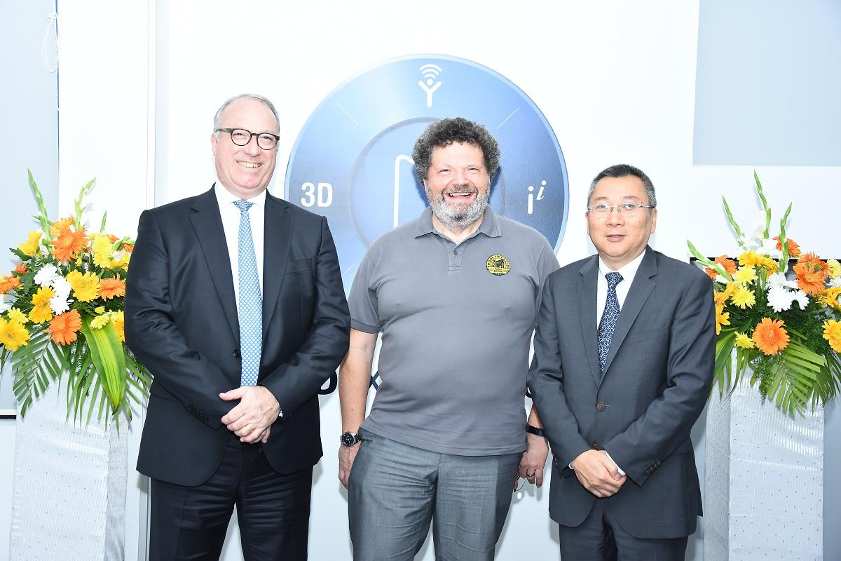 Sylvain Laurent, Executive Vice-President, Dassault Systemes/ Rod Giles / Samson Khaou