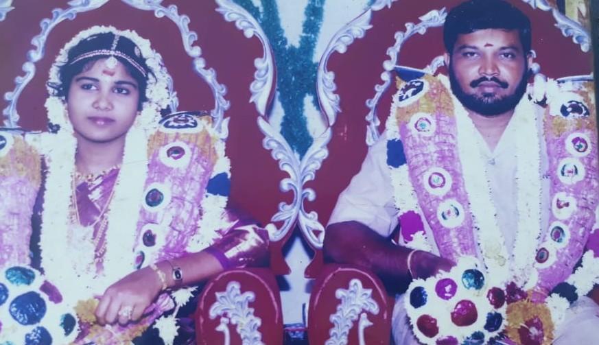 திருமண கோலத்தில் சந்தியா