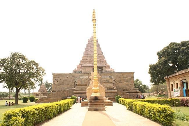 கங்கை கொண்ட சோழபுரம், கொடிமரம், பிரம்மோற்சவம்