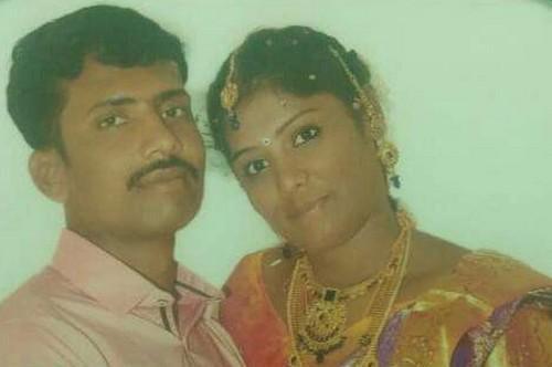 நாட்டுக்கா உயிர் நீத்த சுப்பிரமணியம் தனது மனைவியுடன்