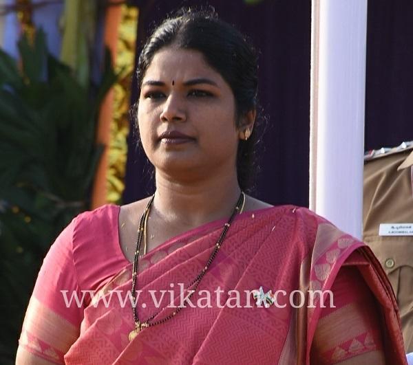 கலெக்டர் ஷிலா பிரபாகர்சதீஷ்