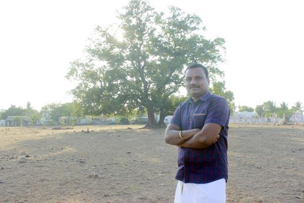 வேப்ப மரம் முன்பு ராஜகணபதி