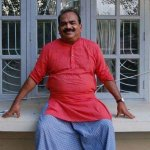 40 ஆண்டுக்கால அரசியல்வாதி... மகனுக்கு ஃபீஸ் கட்ட முடியாமல் தவிக்கும் நாஞ்சில் சம்பத்!