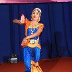`நடனம் ஆடும்போது உயிர் பிரிய வேண்டும்!' -  `கலை இளமணி' விருது பெற்ற ஏஞ்சலின்