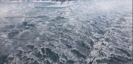'உறைந்துபோன உலகின் இரண்டாவது பெரிய ஏரி' -  வைரலாகும் புகைப்படங்கள்!