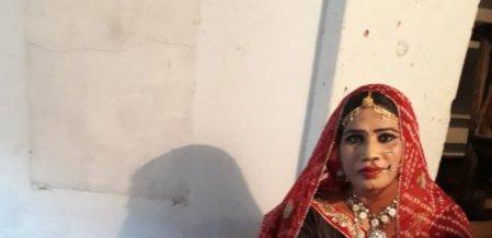 ''40 வயசாச்சு.. டான்ஸ் ஆடிதான் பொழைக்குறேன்'' - திருநங்கை ராணி