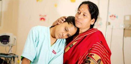 மணமாகாத ஒரே பெண்ணைக் காப்பாற்ற தாய் படும் பாடு! #SaveGayathri