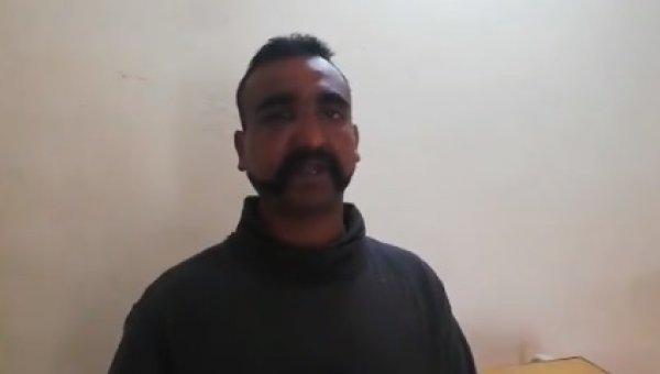 இந்திய விமானப் படை வீரர் அபிநந்தன்