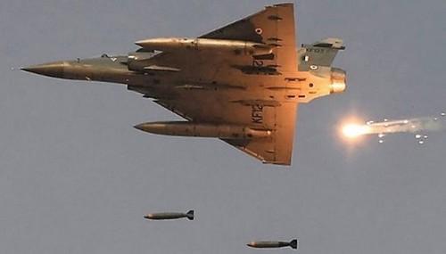 பாகிஸ்தான் பாலகோட் மீது தாக்குதல்