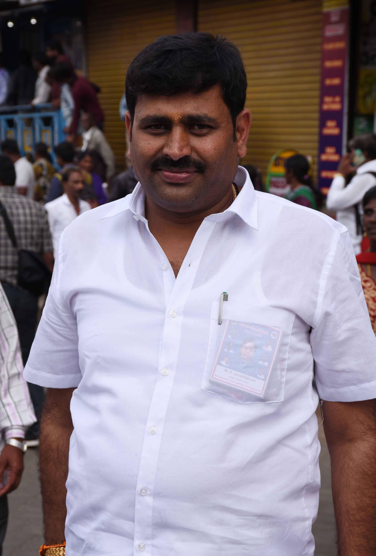 அதிமுக எஸ்.குருமூர்த்தி
