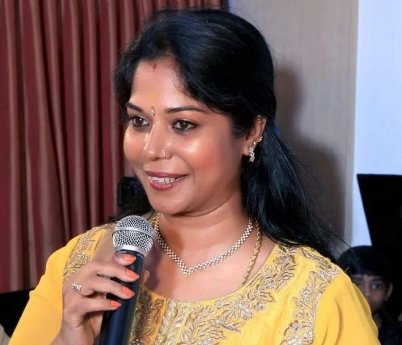சுமதி அன்பரசு