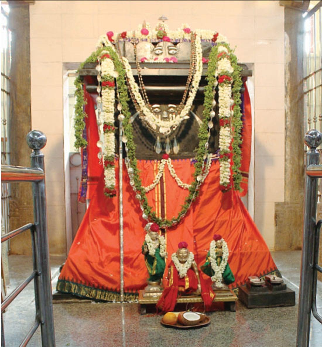ராகவேந்திர சுவாமிகள்.