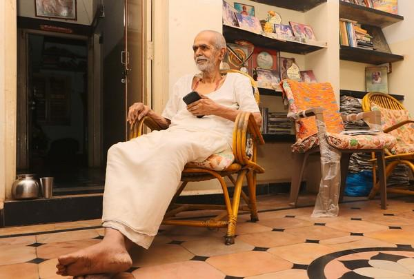 பத்திரிகையாளர் மதன் மோகன்