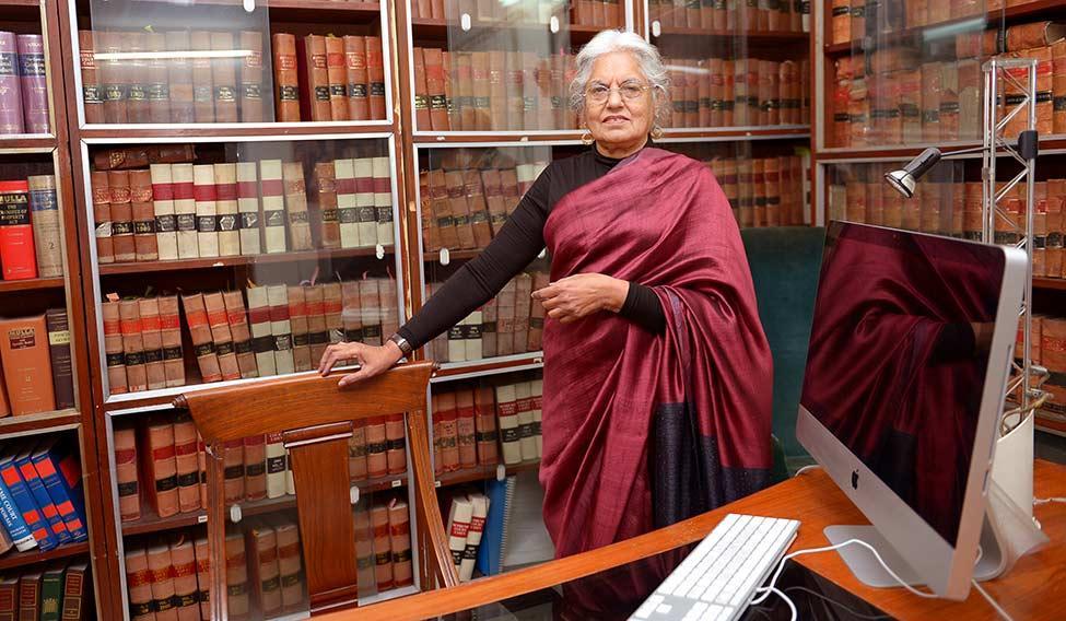 உச்ச நீதிமன்றம் வழக்கறிஞர் இந்திரா ஜெய்சிங்