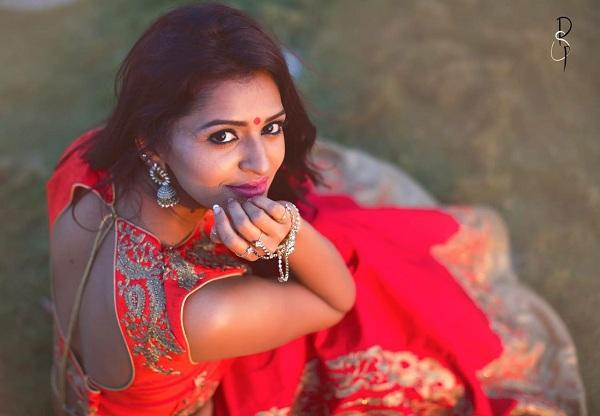 ஆனந்தி அஜய்