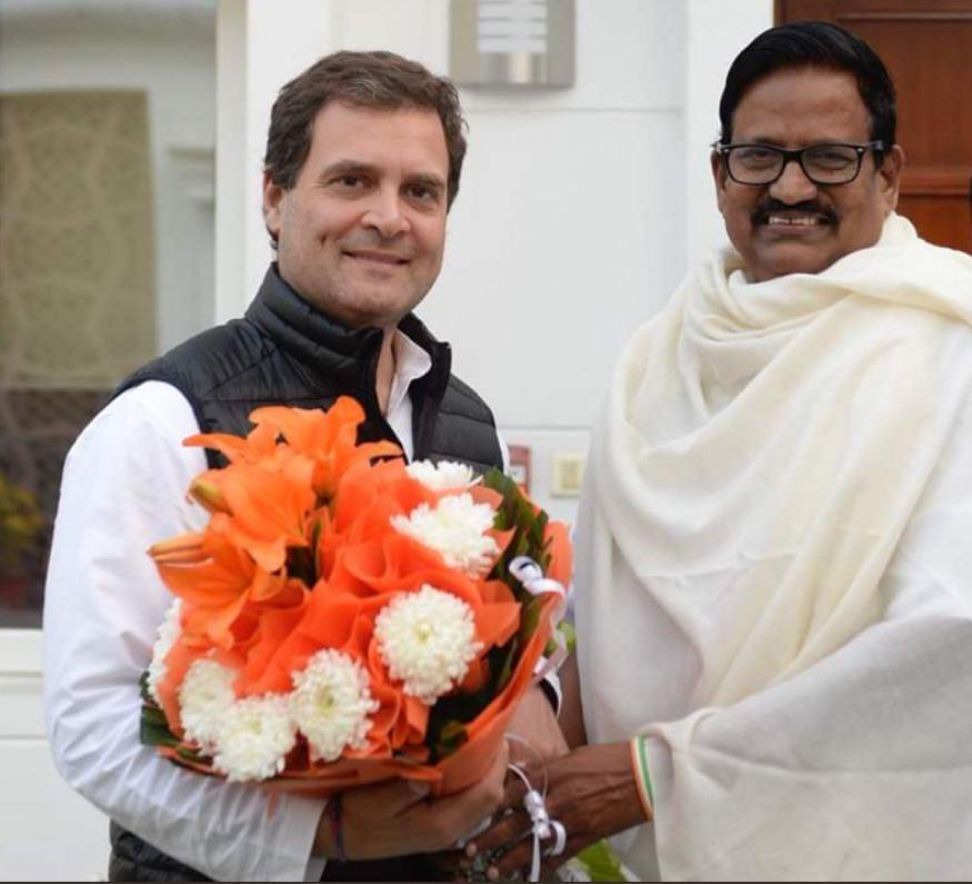 காங்கிரஸ் தலைவர் ராகுல்காந்தியுடன் கே.எஸ்.அழகிரி
