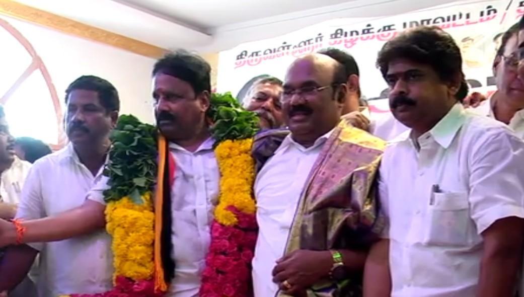 தேமுதிக வேட்பாளர் மோகன்ராஜ் அறிமுக கூட்டத்தில் அமைச்சர் ஜெயக்குமார்