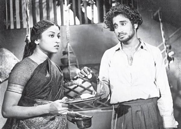 ஒரு விரல் புரட்சி வலியுறுத்திய பராசக்தி திரைப்படம்