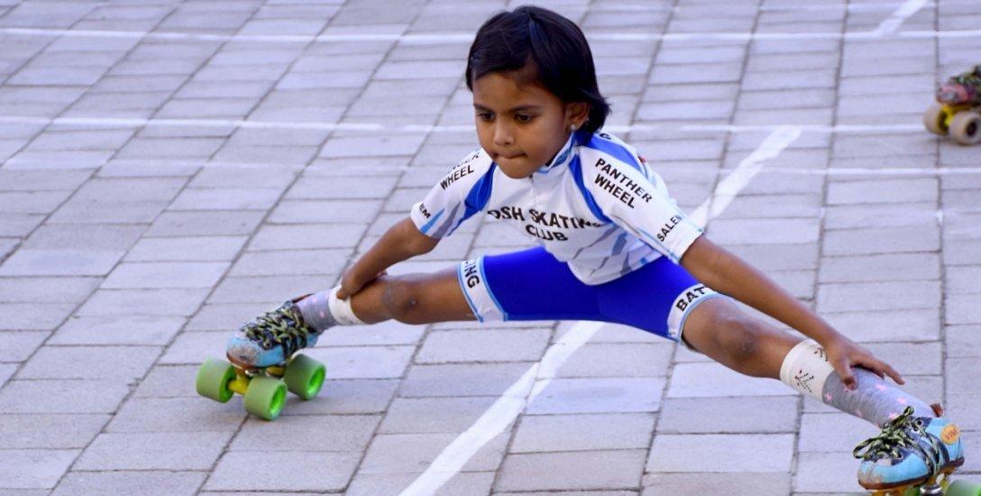 வயது 6, ஸ்கேட்டிங் அனுபவம் 4 வருடங்கள்... சர்வதேசப் போட்டியில் கலக்கும் கனிஷா!