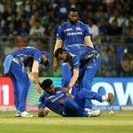முதல்போட்டியிலேயே பும்ராவுக்கு காயம் - முக்கிய வீரர்களுக்குக் கட்டுப்பாடு கொண்டுவருமா பிசிசிஐ? #IPL