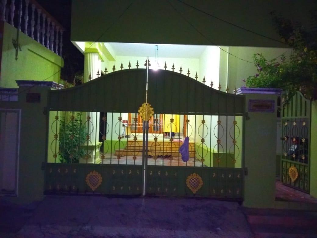 அனிதா ராதாகிருஷ்ணனின் வீடு