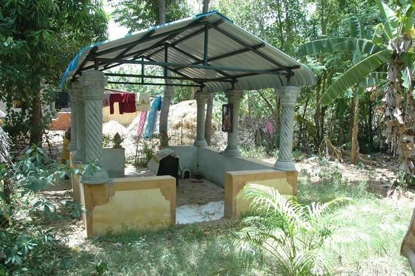 ராஜராஜ சோழன் சமாதி
